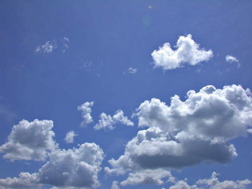 Cloud Puffs - Marmora photo by Craig Nicholson. (Click on Inspiring Photos link for more.)